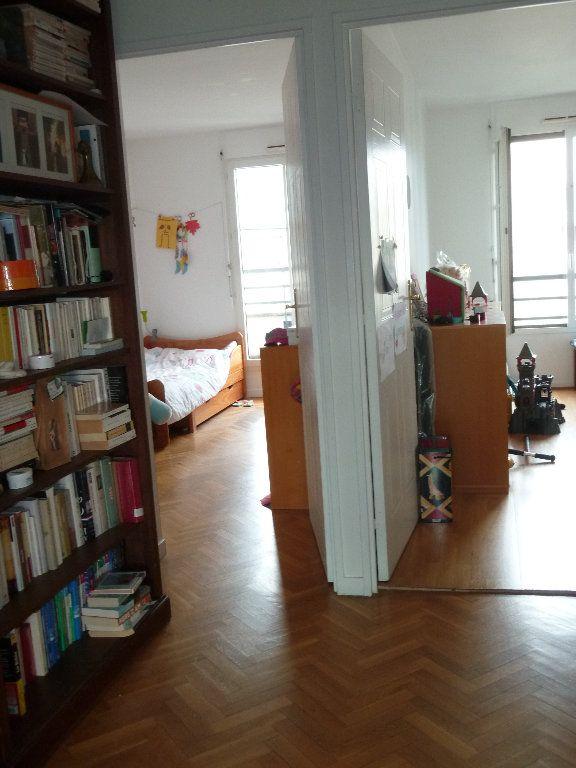 Appartement à louer 5 110.52m2 à Issy-les-Moulineaux vignette-11