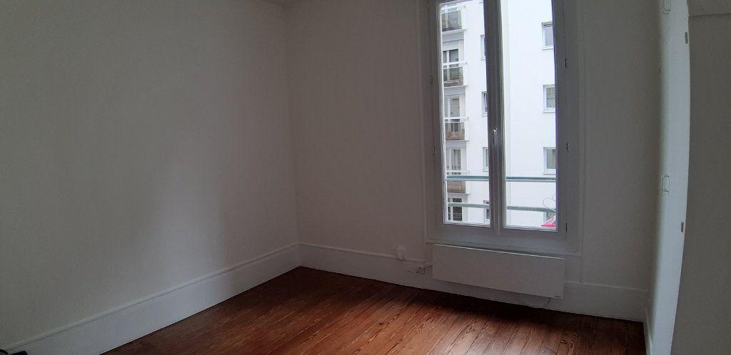 Appartement à louer 1 18.54m2 à Issy-les-Moulineaux vignette-4