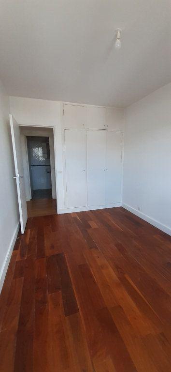 Appartement à louer 3 51m2 à Issy-les-Moulineaux vignette-5
