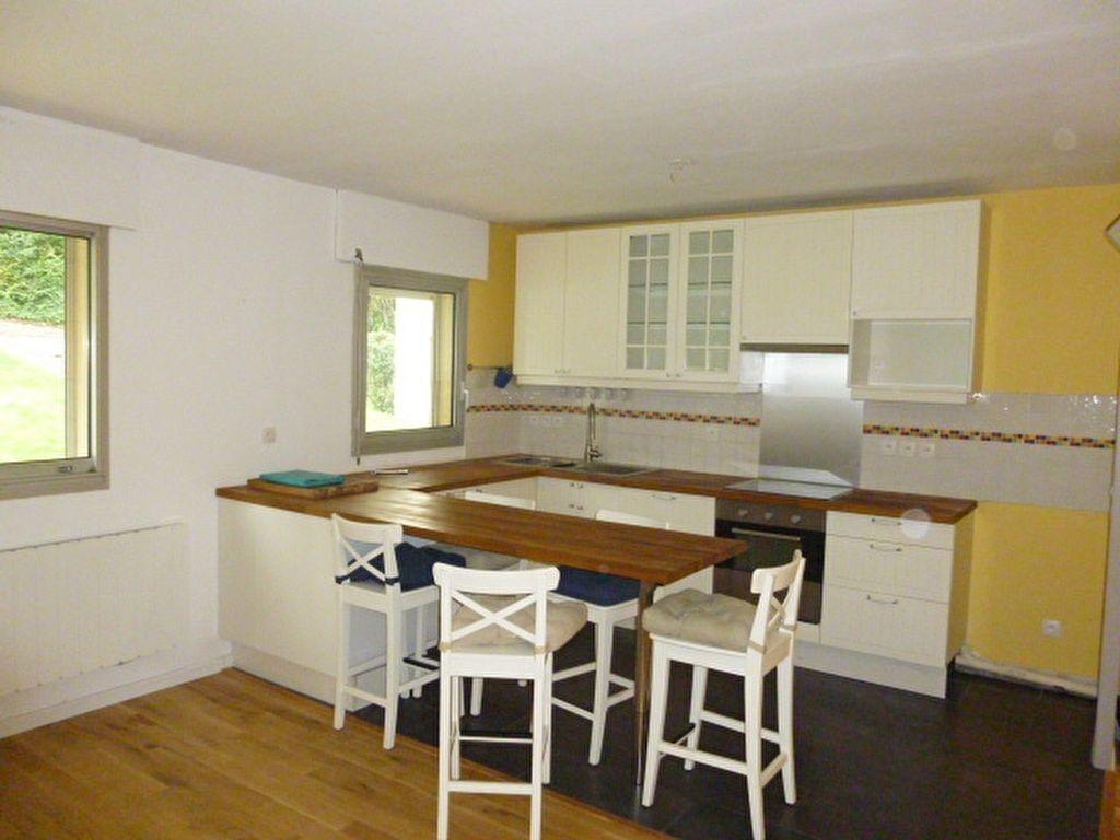 Appartement à louer 4 79m2 à Issy-les-Moulineaux vignette-3