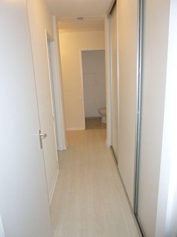 Appartement à louer 3 64.43m2 à Issy-les-Moulineaux vignette-4