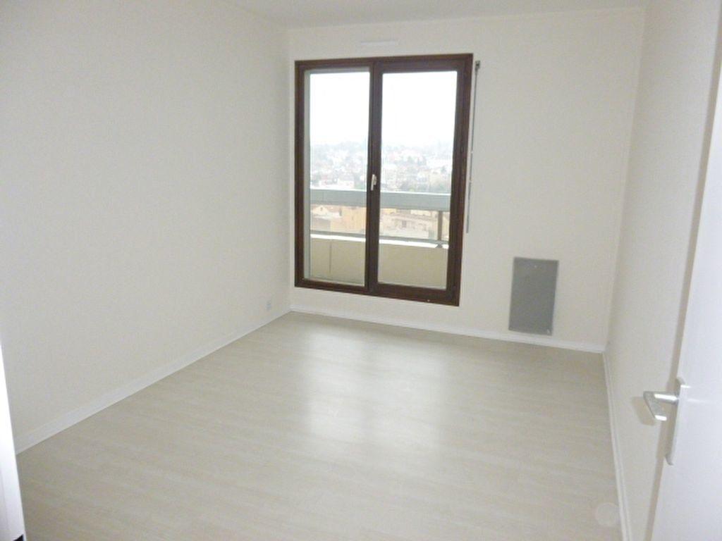 Appartement à louer 3 64.43m2 à Issy-les-Moulineaux vignette-5