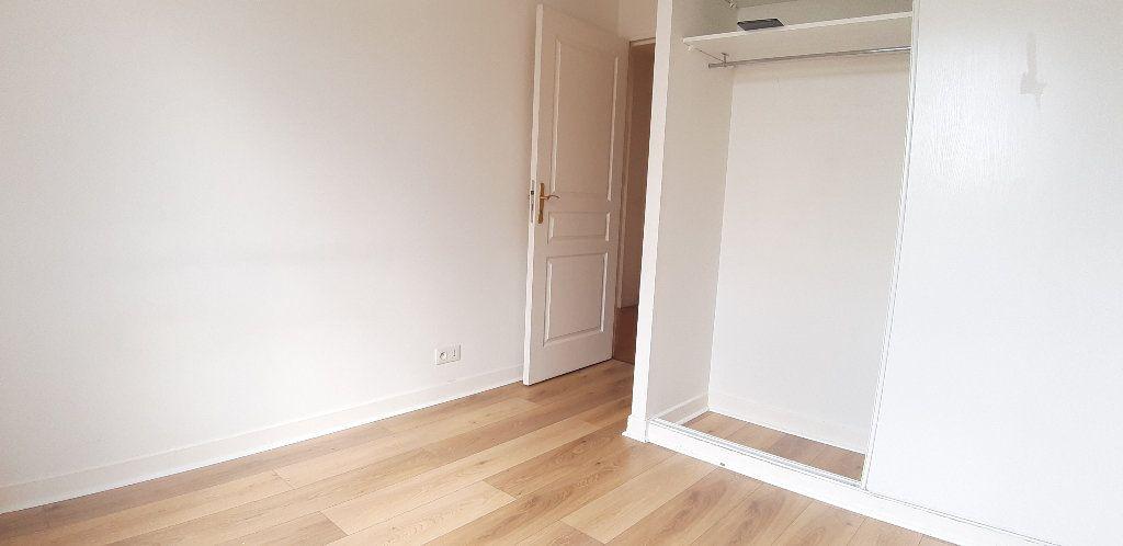 Appartement à louer 2 43.08m2 à Issy-les-Moulineaux vignette-6