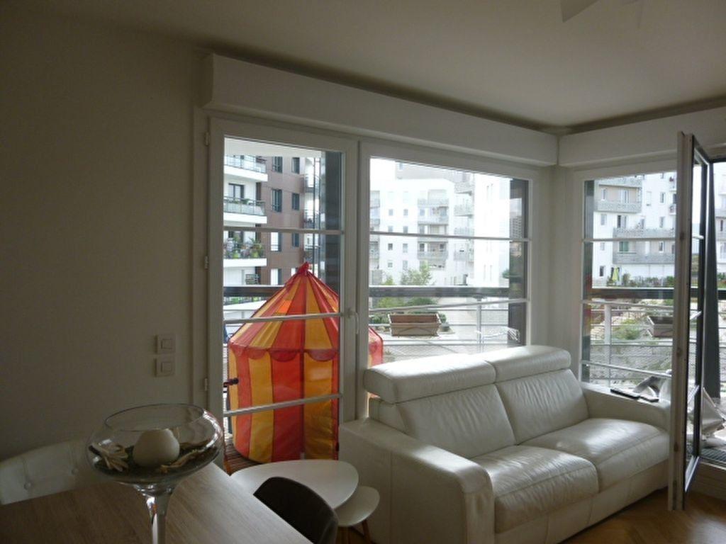 Appartement à louer 3 69.9m2 à Issy-les-Moulineaux vignette-5