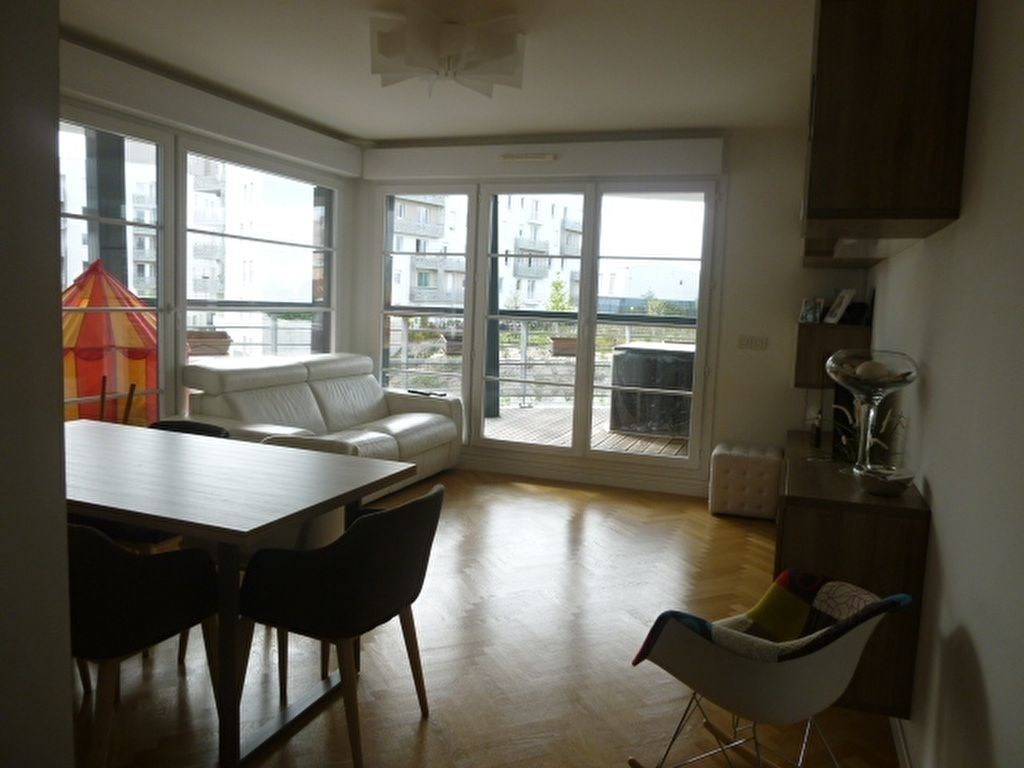 Appartement à louer 3 69.9m2 à Issy-les-Moulineaux vignette-15