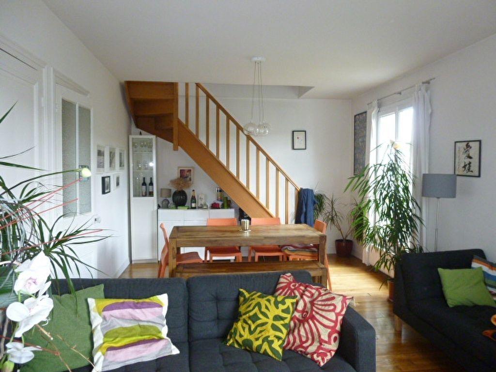 Appartement à louer 2 59m2 à Issy-les-Moulineaux vignette-2