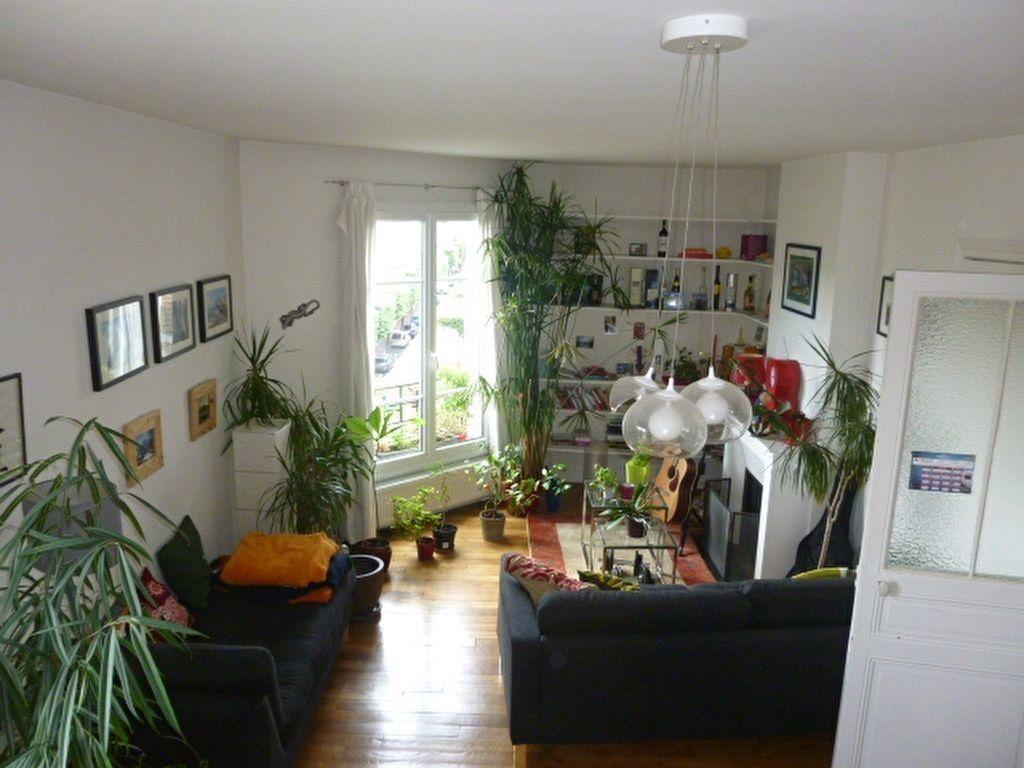 Appartement à louer 2 59m2 à Issy-les-Moulineaux vignette-3