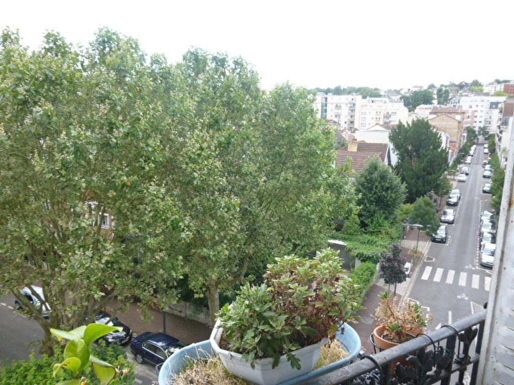 Appartement à louer 2 59m2 à Issy-les-Moulineaux vignette-5