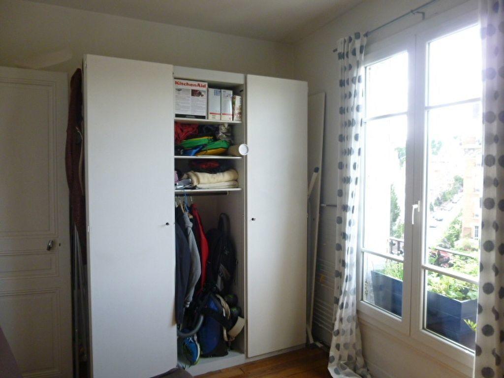 Appartement à louer 2 59m2 à Issy-les-Moulineaux vignette-11