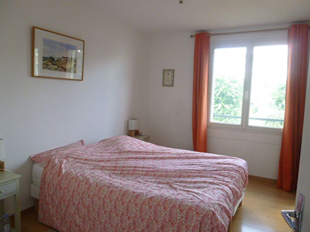 Appartement à louer 3 74.58m2 à Issy-les-Moulineaux vignette-7