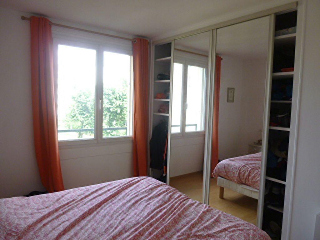 Appartement à louer 3 74.58m2 à Issy-les-Moulineaux vignette-8