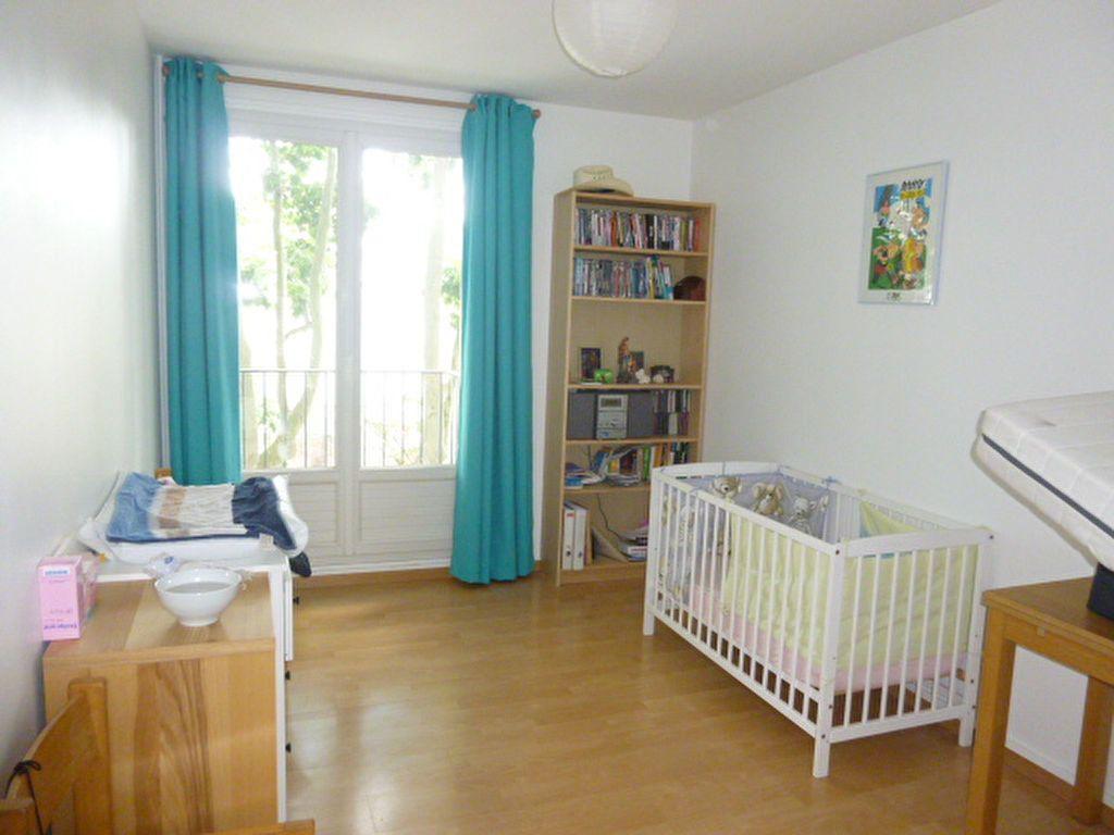 Appartement à louer 3 74.58m2 à Issy-les-Moulineaux vignette-9