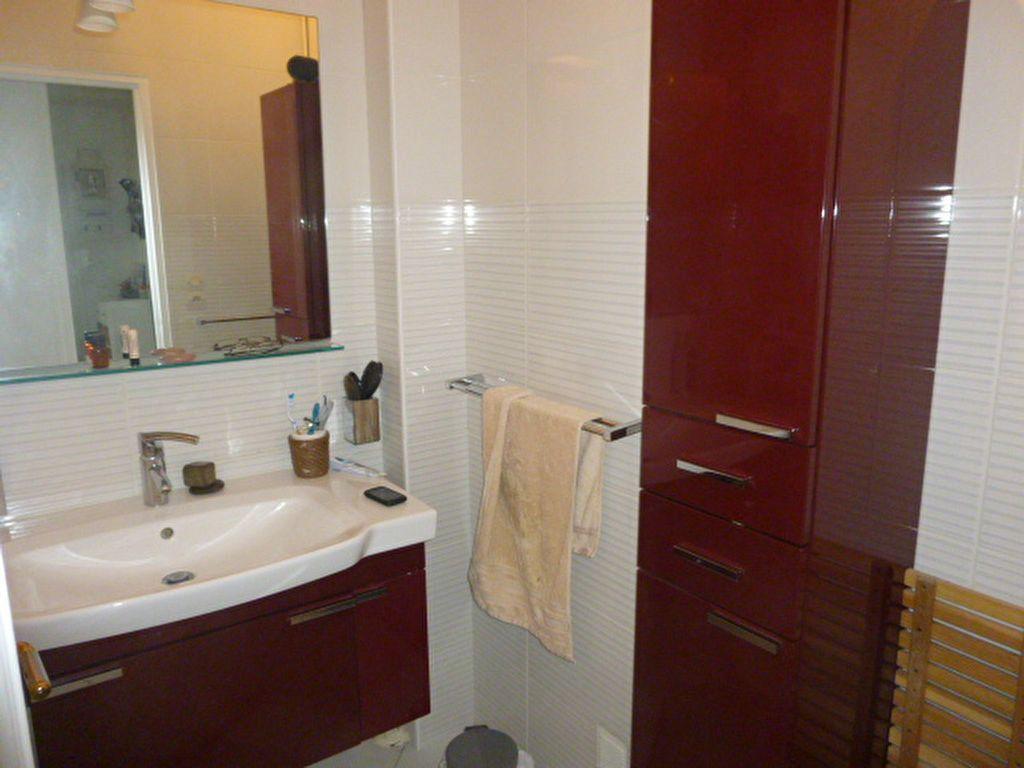 Appartement à louer 3 74.58m2 à Issy-les-Moulineaux vignette-10