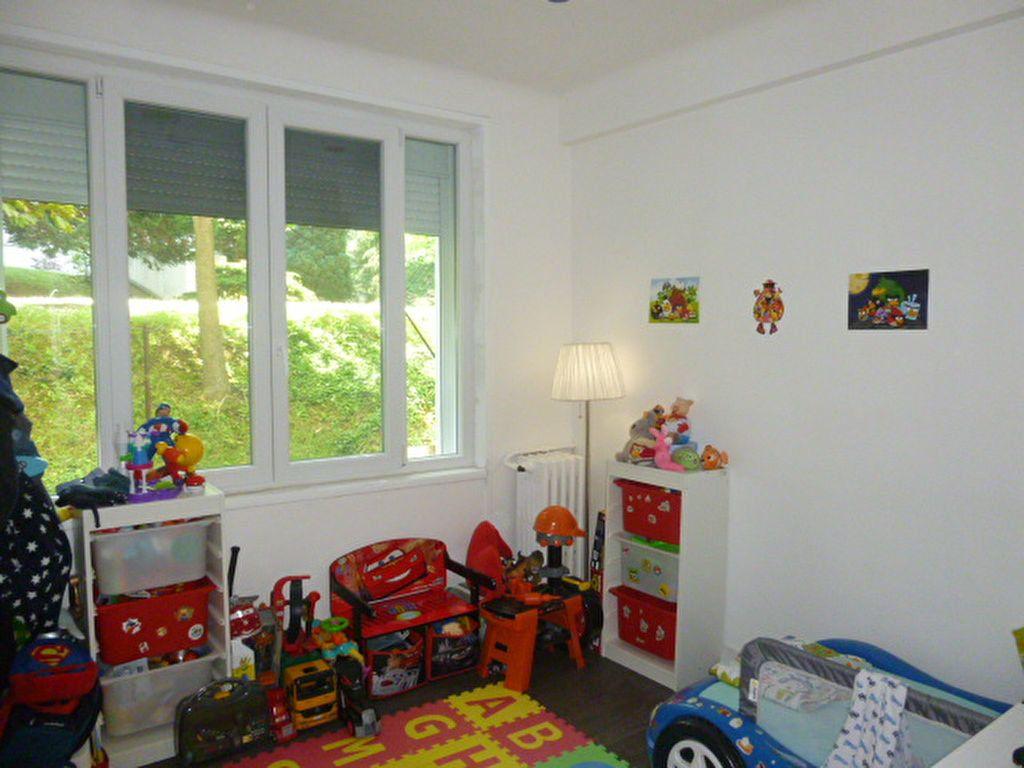Appartement à louer 3 50.02m2 à Issy-les-Moulineaux vignette-4