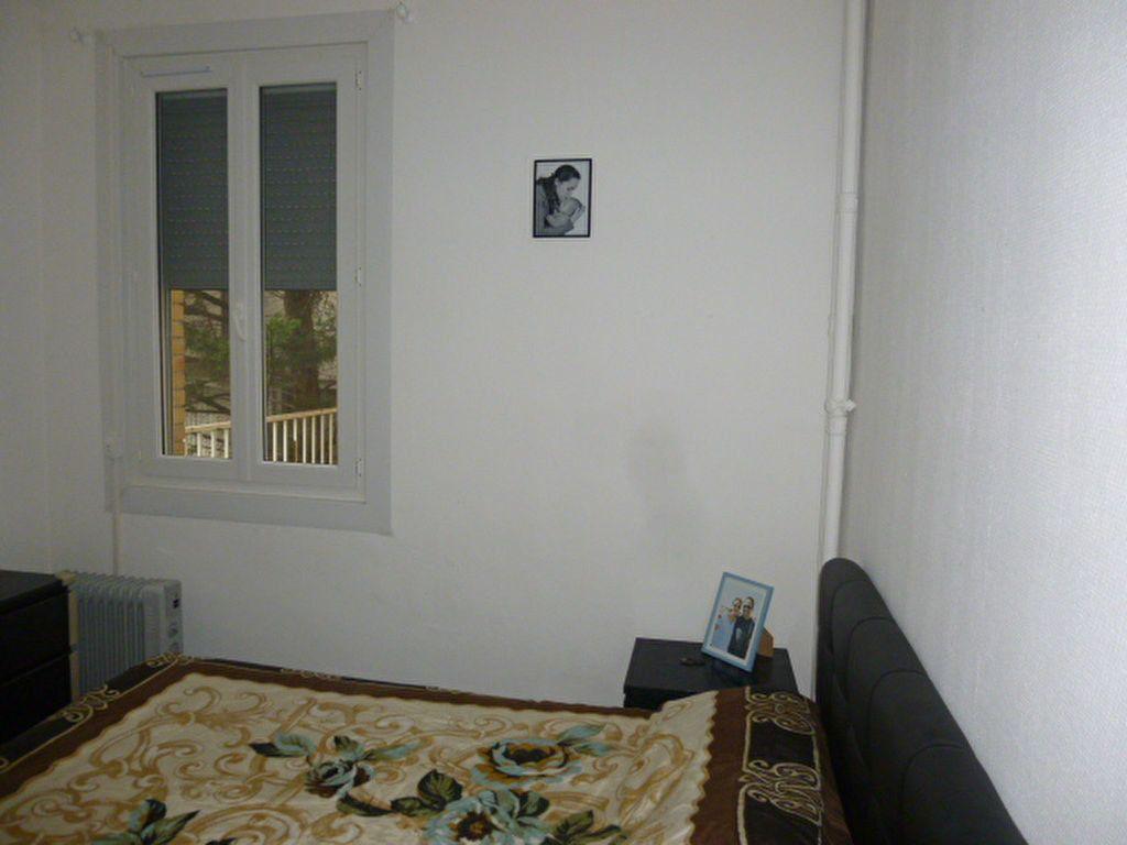 Appartement à louer 3 50.02m2 à Issy-les-Moulineaux vignette-5