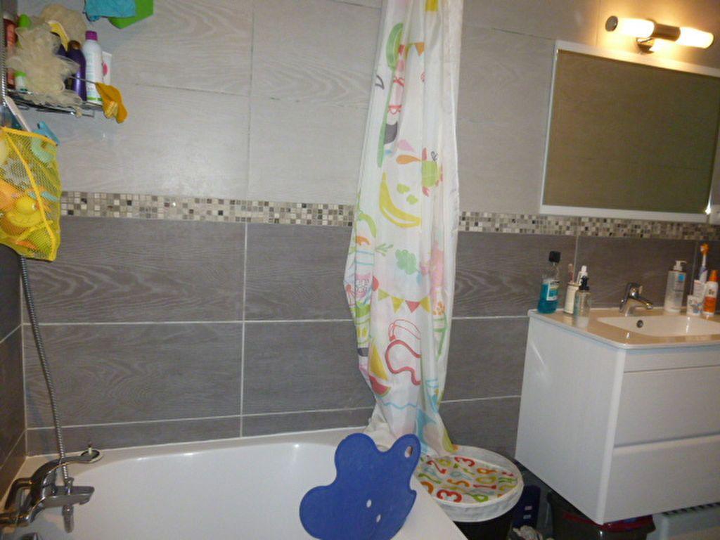 Appartement à louer 3 50.02m2 à Issy-les-Moulineaux vignette-7