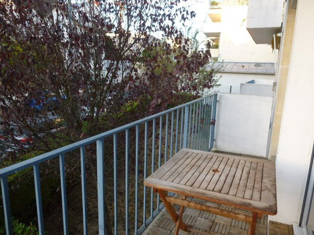 Appartement à louer 2 50.02m2 à Issy-les-Moulineaux vignette-3