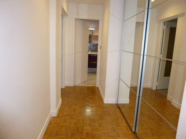 Appartement à louer 2 50.02m2 à Issy-les-Moulineaux vignette-4