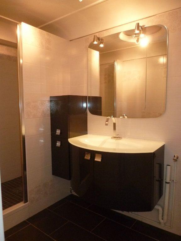 Appartement à louer 3 60.19m2 à Vanves vignette-6