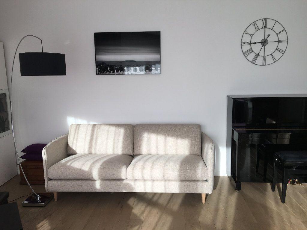 Appartement à louer 2 44.25m2 à Issy-les-Moulineaux vignette-3