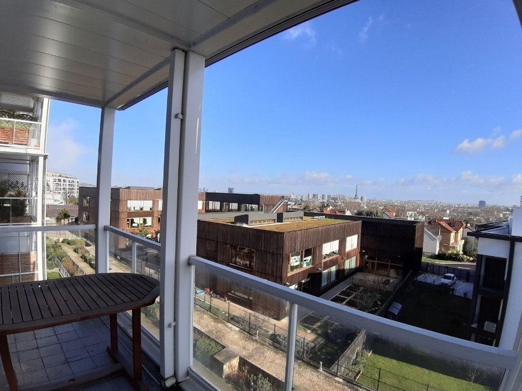 Appartement à louer 4 75.6m2 à Issy-les-Moulineaux vignette-3