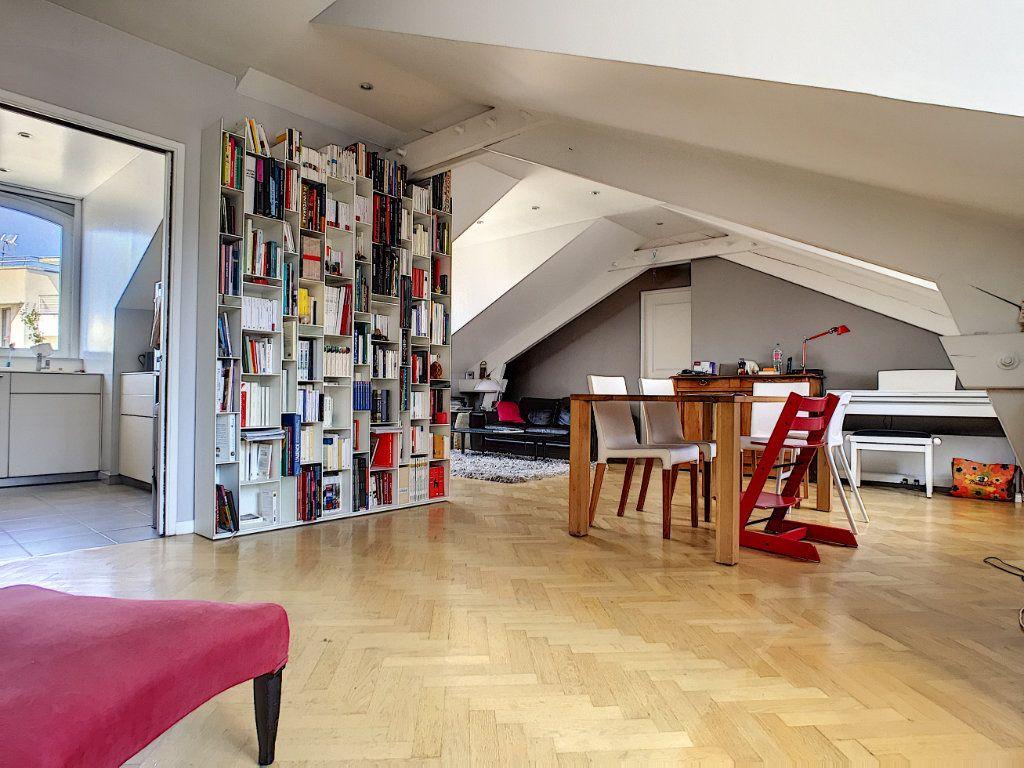 Appartement à vendre 5 98.64m2 à Issy-les-Moulineaux vignette-2