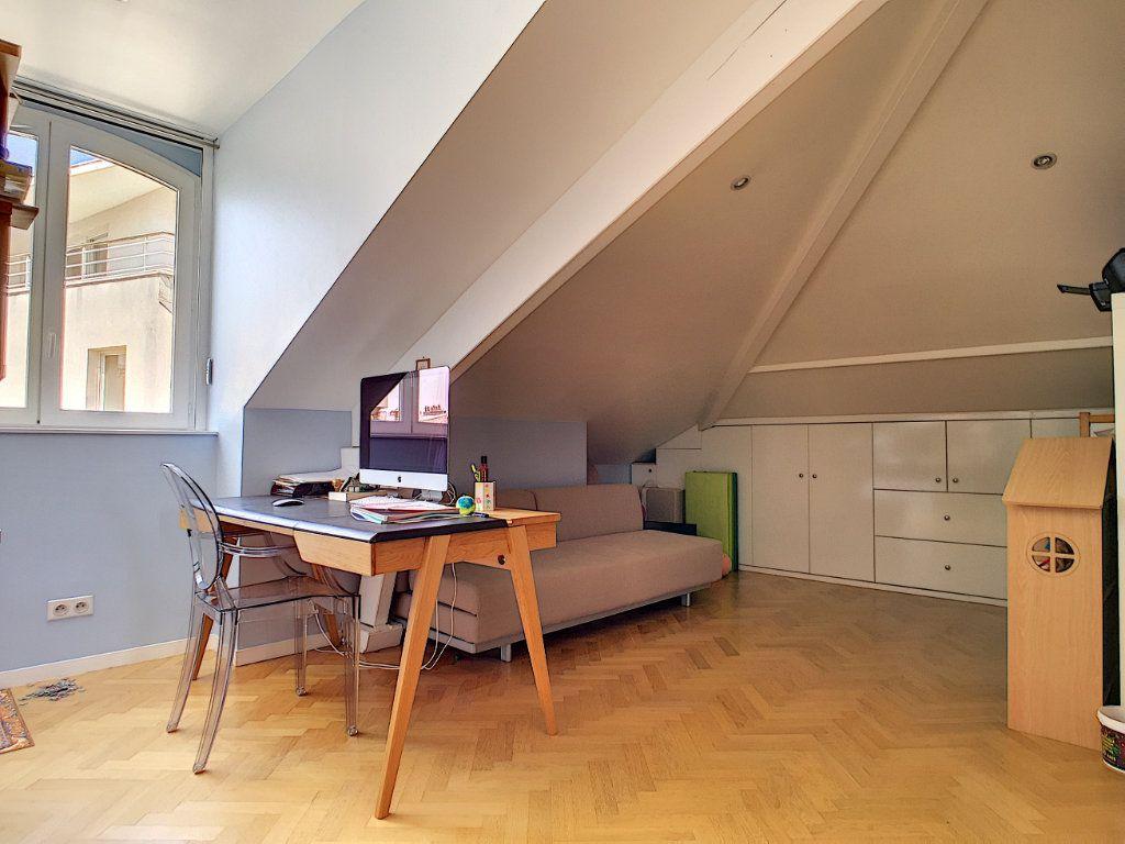 Appartement à vendre 5 98.64m2 à Issy-les-Moulineaux vignette-6
