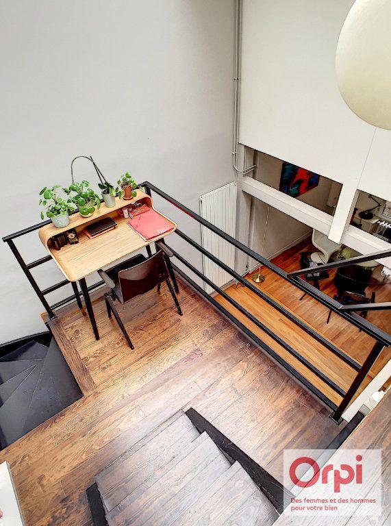 Appartement à vendre 4 67.43m2 à Paris 15 vignette-6