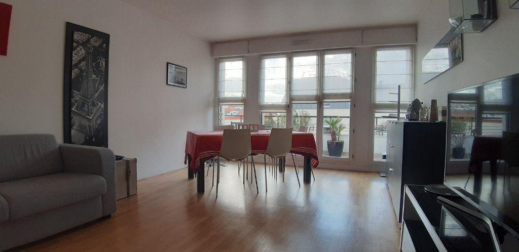 Appartement à louer 4 85.14m2 à Issy-les-Moulineaux vignette-2