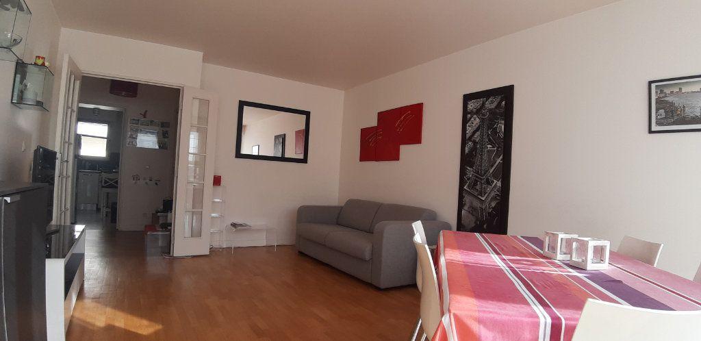 Appartement à louer 4 85.14m2 à Issy-les-Moulineaux vignette-4