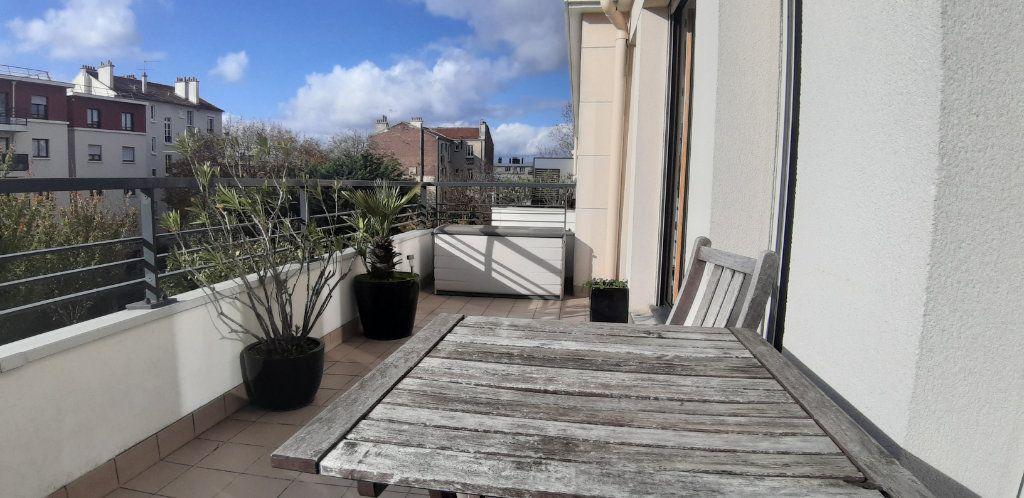 Appartement à louer 4 85.14m2 à Issy-les-Moulineaux vignette-5