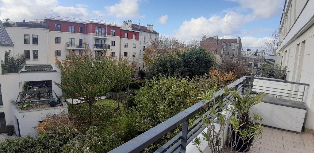 Appartement à louer 4 85.14m2 à Issy-les-Moulineaux vignette-6