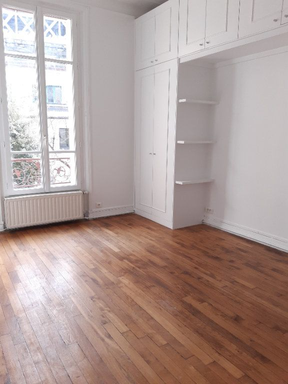 Appartement à louer 5 168.28m2 à Issy-les-Moulineaux vignette-10