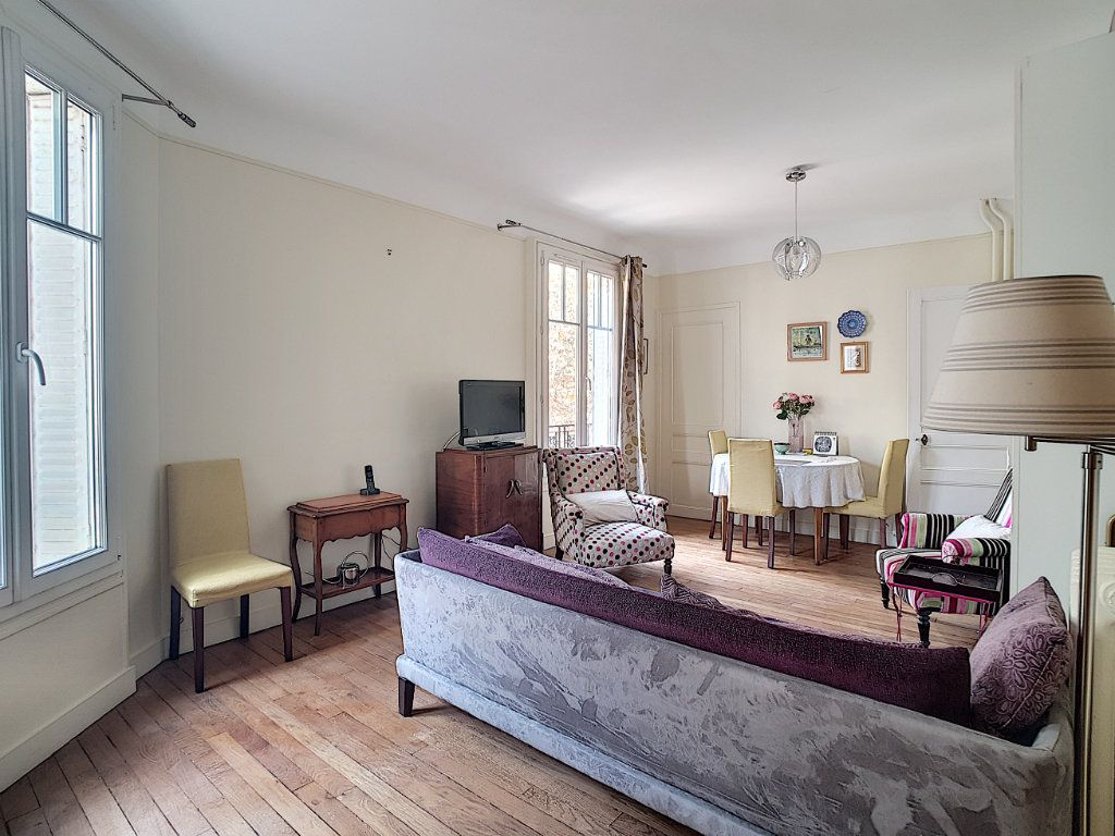 Appartement à vendre 2 41.77m2 à Issy-les-Moulineaux vignette-1
