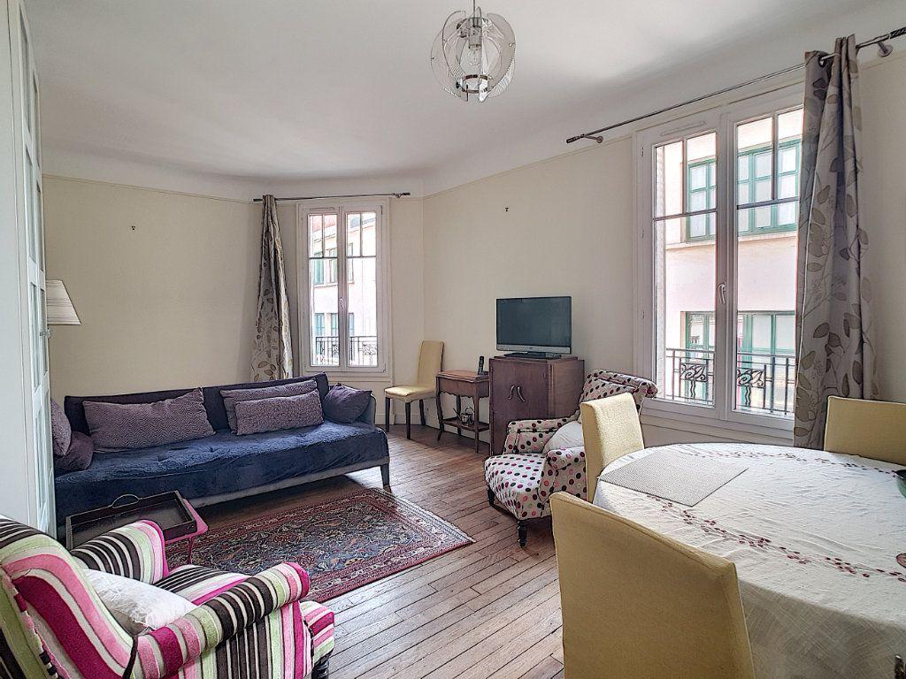 Appartement à vendre 2 41.77m2 à Issy-les-Moulineaux vignette-3