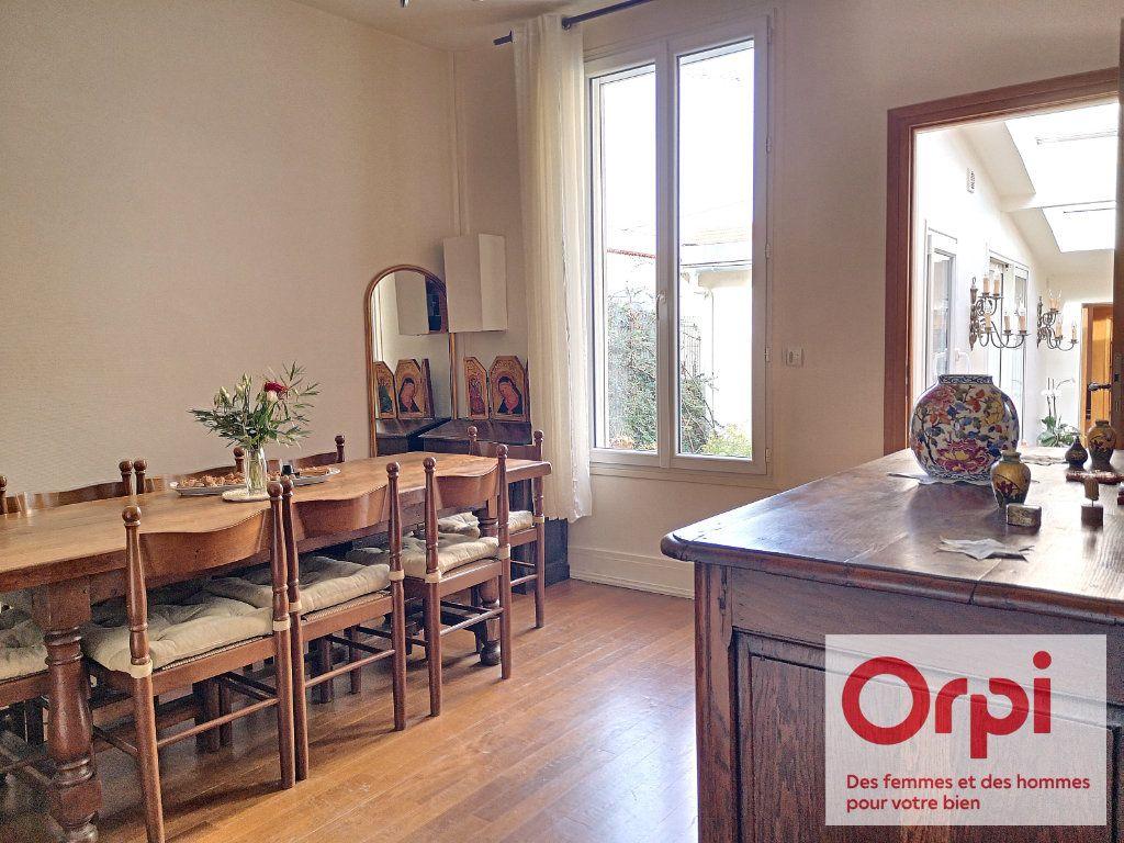 Maison à vendre 3 79.49m2 à Issy-les-Moulineaux vignette-2