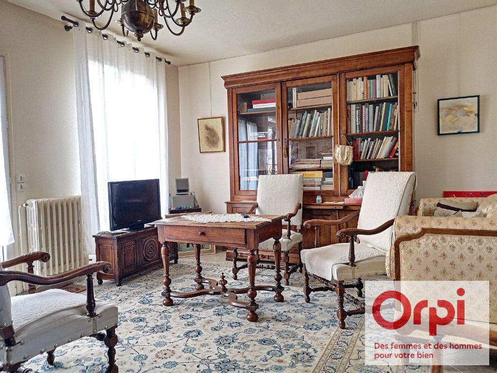 Maison à vendre 3 79.49m2 à Issy-les-Moulineaux vignette-3
