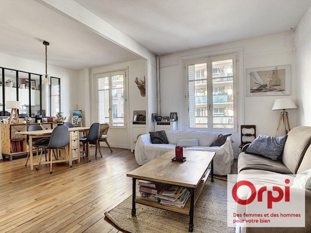 Appartement à vendre 3 76.47m2 à Issy-les-Moulineaux vignette-2