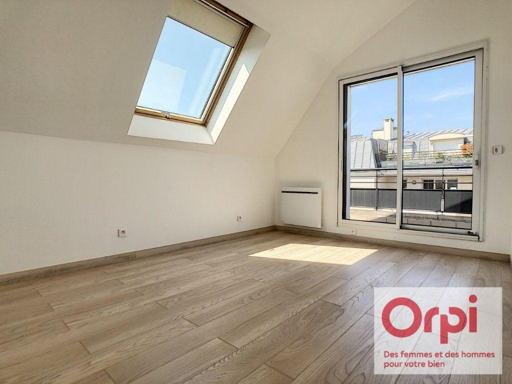 Appartement à vendre 7 175m2 à Issy-les-Moulineaux vignette-10