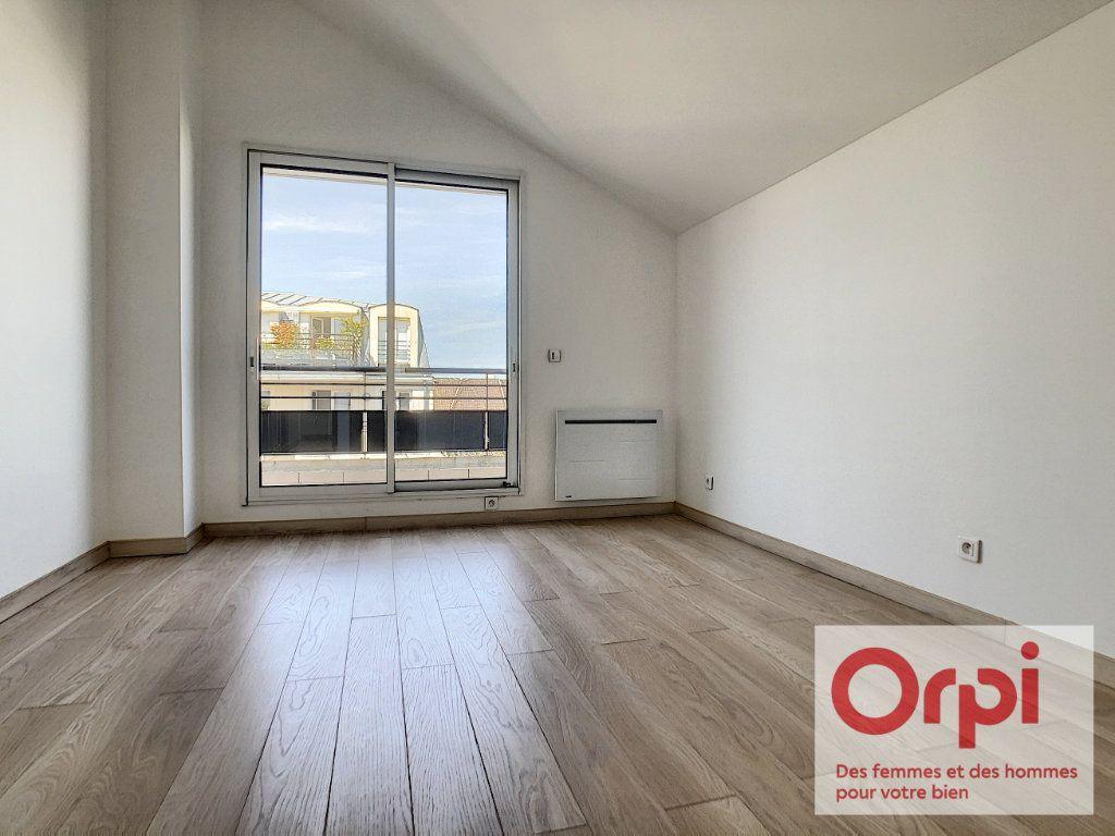 Appartement à vendre 7 175m2 à Issy-les-Moulineaux vignette-11