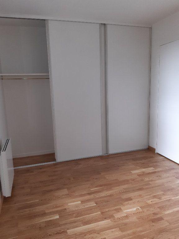 Appartement à louer 2 60.61m2 à Issy-les-Moulineaux vignette-4