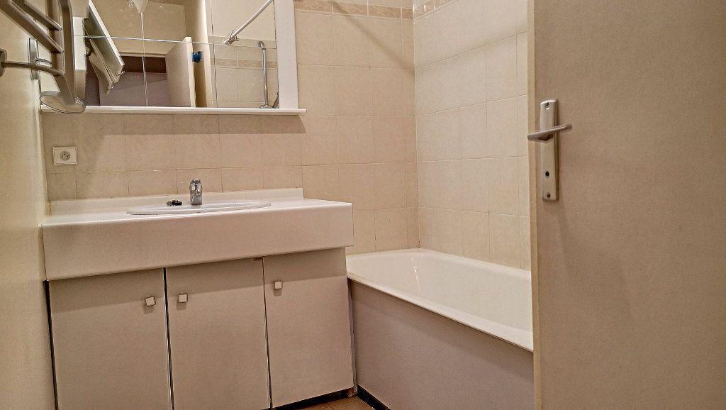 Appartement à vendre 3 69.51m2 à Issy-les-Moulineaux vignette-5