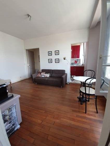 Appartement à louer 2 31.41m2 à Issy-les-Moulineaux vignette-2