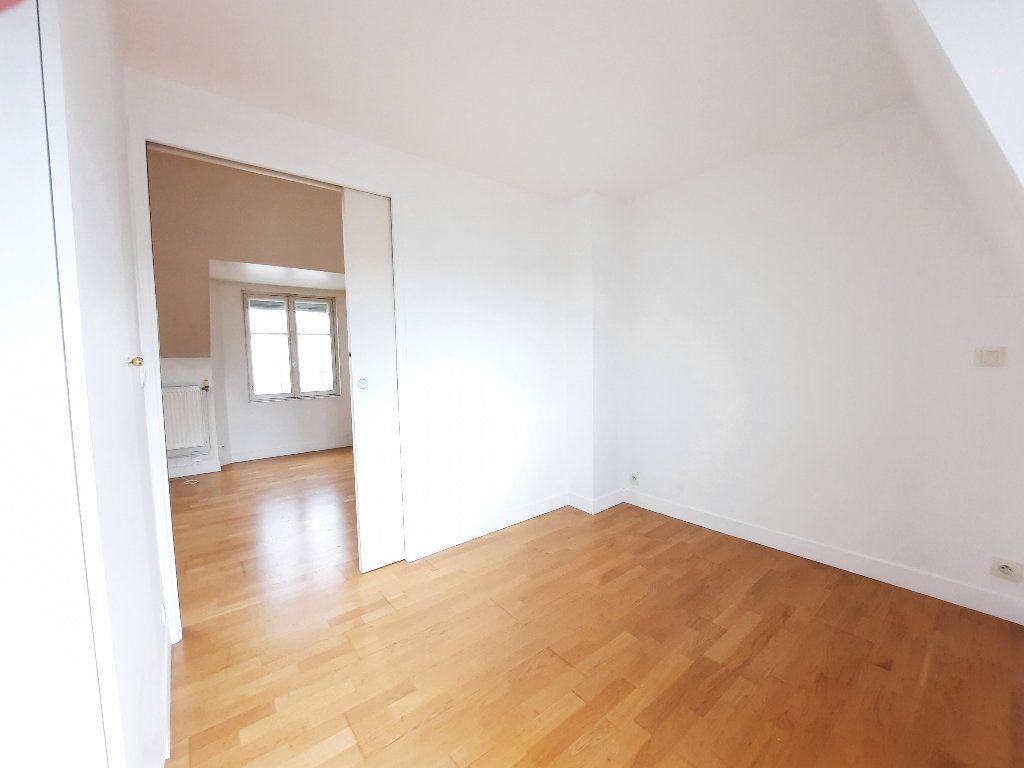 Appartement à louer 1 30.04m2 à Issy-les-Moulineaux vignette-4