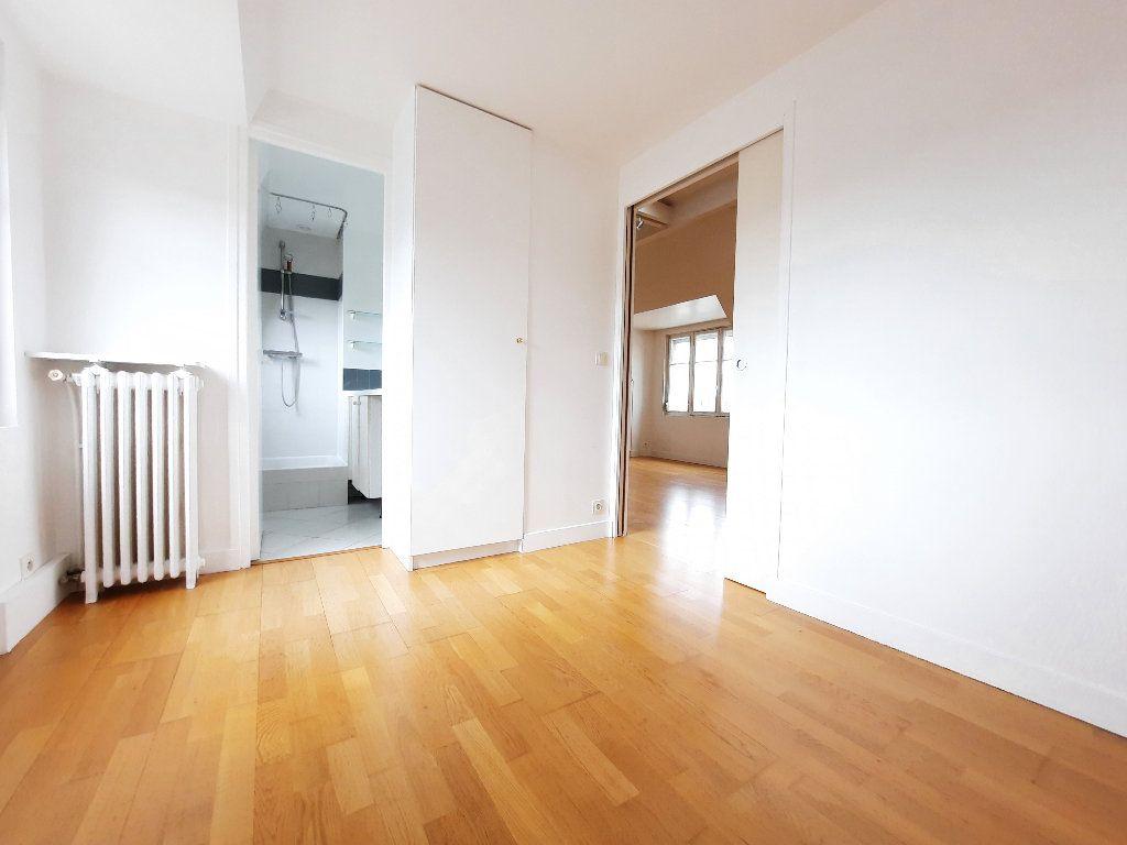 Appartement à louer 1 30.04m2 à Issy-les-Moulineaux vignette-5