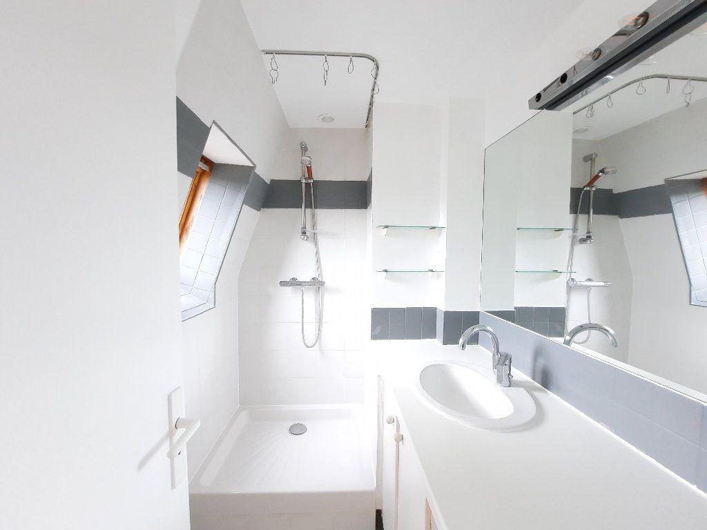 Appartement à louer 1 30.04m2 à Issy-les-Moulineaux vignette-6