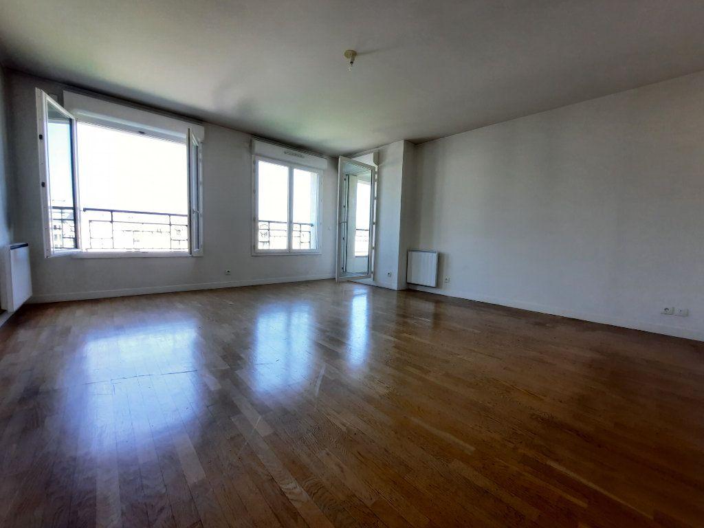 Appartement à louer 4 90.38m2 à Issy-les-Moulineaux vignette-3