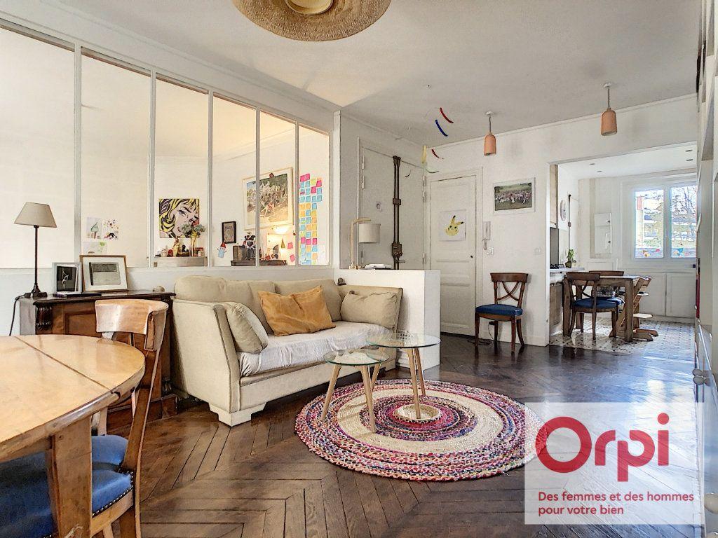 Appartement à vendre 3 67.76m2 à Issy-les-Moulineaux vignette-1