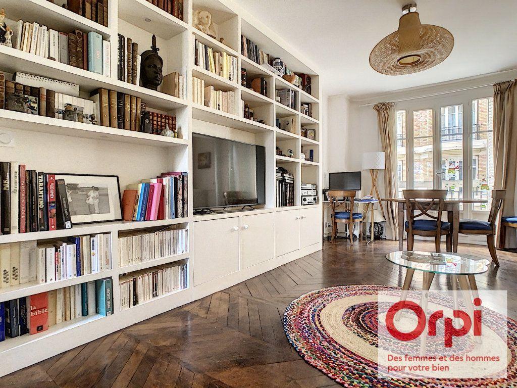 Appartement à vendre 3 67.76m2 à Issy-les-Moulineaux vignette-4