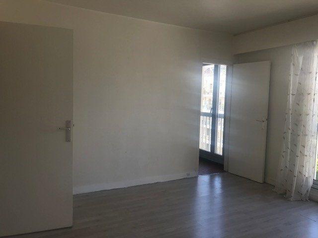 Appartement à louer 1 26.64m2 à Boulogne-Billancourt vignette-1